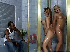 חושני לבן זונות קטיה ואת היידי הולך קינקי באמבטיה מתגרה שחור אחי