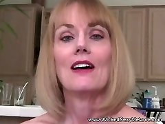 Unexperienced GILF Wants Raunchy Sex