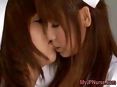Akina Kinky Āzijas lesbiešu māsa part1