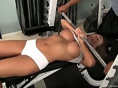 Fabulous babe Nika Noire and fierce Sledge Hammer get horny in the gym
