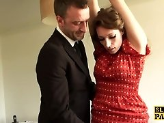 British sottomesso Ava Austen facefucked duro