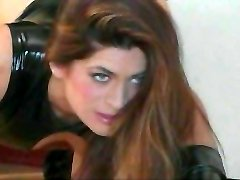 Slavegirl prijeten njen master