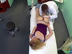 Gina in Doctors trusty boner ignores the language barrier and makes spectacular russian scream with pleasure - FakeHospital