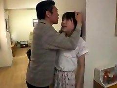 jeune salope japonaise soumise baisee 보 pere pervers