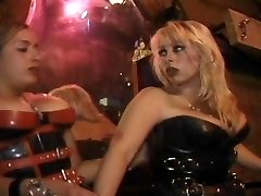 Slave worships dominatrix's ass so red-hot