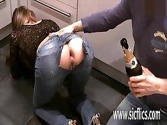 Extreme analni pest zajebal amaterski milf