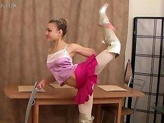 flexibilné dievča Valentina Vladimirova (12-HD.wmv)