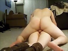 ass cougar screaming while getting anal on homemade