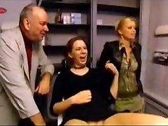 Muca Piercing na nizozemskem tv