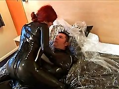 orgie latex 4