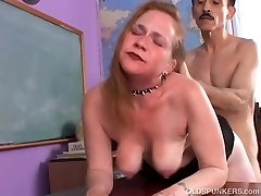 Kinky aged spunker likes a rough fucking and a gloppy facial