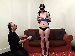 Kinky Honestys non-professional bdsm and tit tortures of screaming