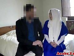 हिजाब मुस्लिम मुर्गा चूसने से पहले डिक