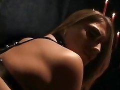blondinka v pas banda banged v ječo