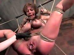 עבירה BDSM 1 עם קלייר אדמס