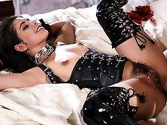 ולנטינה ג' ינה במצבי מין, סצנה 5-wickedpictures