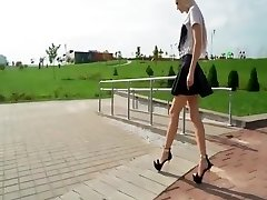 Flawless FEET IN EXTREME HIGH HEELS