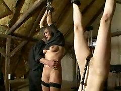 naised getting distsiplineeritud slave farm sidumine ja sadomaso