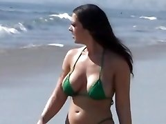 Melina Mason leaves the beach for a super-steamy smashing