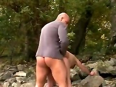 ROUGH FUCK #38 Enormous Big Butt Grannie at the Beach