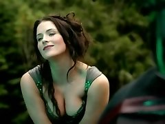 Bridget Regan - Kuum Stseen