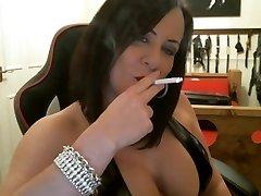 סקסית הפילגש עישון intructions