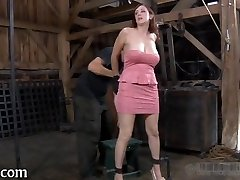 Brutal beating of babe's bottom