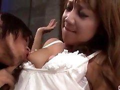 चरम अश्लील दृश्य के साथ गर्म पत्नी रियो Akanishi