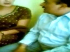 Desi Mallu Aunty ja Suitsetamine seksida