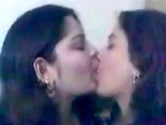 Indijas Koledžas Meitenes Kissing