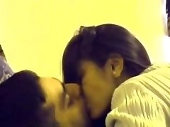 indian desi college teen paramours mms in room