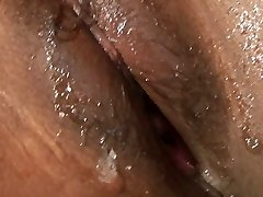 Sugary-sweet Indian  gf gets her pussy ate