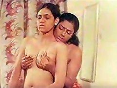 Mallu Aunty Lesbi Sugu