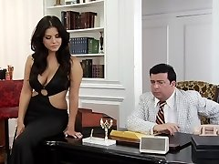 Incredibile pornostar Madison Ivy, Sunny Leone e Breanne Benson in un incredibile facciale, hd xxx scena