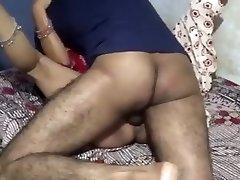 ragveida indijas stepson izdrāzt viņas guļ solis māte pilnu video