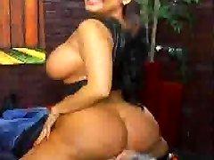 श्रीलंका Udari Perera सेक्स