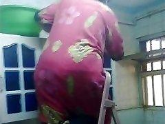 Arab Rump Voyeur - Monstrous Bubble Butt - Booty Candid