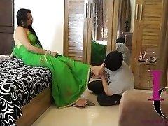 indický pani nohy slave
