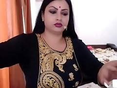 nri indiska fru naken bli klädd