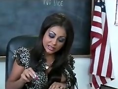 Sexy bit tit Indian school teacher