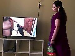 هندی, دختر اسکورت فاک سخت واقعی در اتاق هتل (چکیدن کرم پای) - فیلم