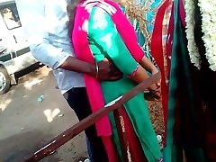 madurai vroči tamilski pari v javnosti