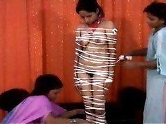 Kinky Chahat (भारतीयों का प्रयोग करें)