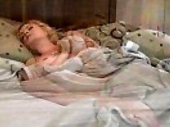 A Lactating Sandra Syn Masturbates In A Santa Hat