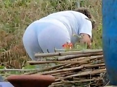 Spying Mom Arse - Chubby Plumper Granny - Mature Ass Arse
