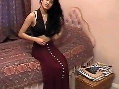 British Indian Hotty Shabana Kausar Retro Porn