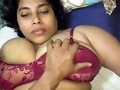 भारतीय चाची भाड़ में जाओ