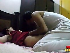 indian sexy bhabhi sonia shaved honeypot finger fucked by sunny