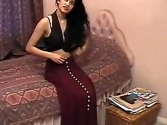 Brit Indian Chick Shabana Kausar Retro Porn