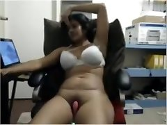 Indian cougar on webcam masturbating on chair part-1